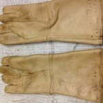 "Used Leather 15"" X-Ray Gloves"