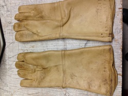 """Used Leather 15"""" X-Ray Gloves"""
